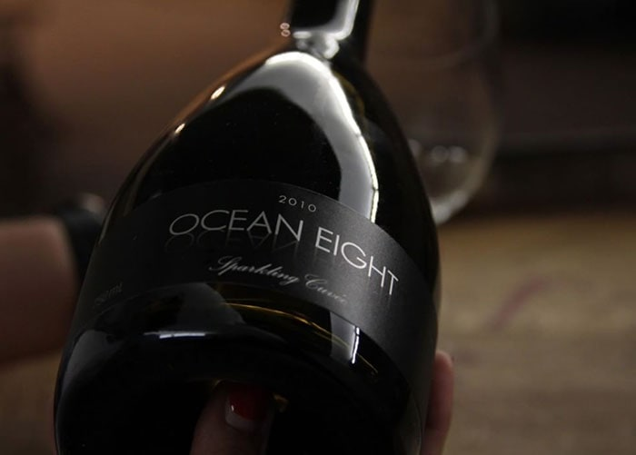 ocean eight win bottle